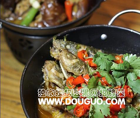干锅黄古鱼的做法