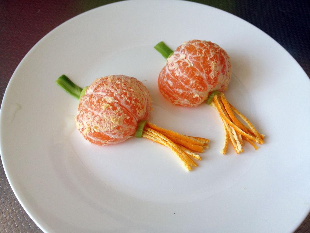 换一种方式吃水果——橘子小灯笼