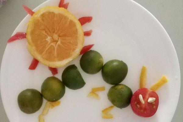时间:1小时以上       主料 青金桔3个 橙1个 圣女果1个 儿童水果拼盘