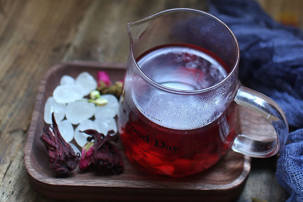 玫瑰洛神花茶的做法
