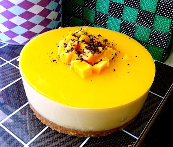芒果慕斯蛋糕6寸