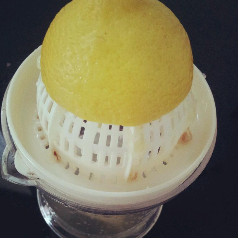 喝健康飲料~蜂蜜檸檬水的做法_【圖解】超好喝健康 ...