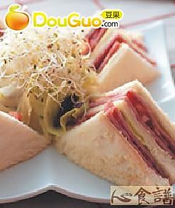 优香鲜蔬火腿三明治的做法