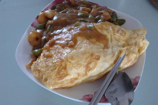 咖喱蛋包饭的做法