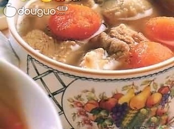 山楂莲叶排骨汤的做法