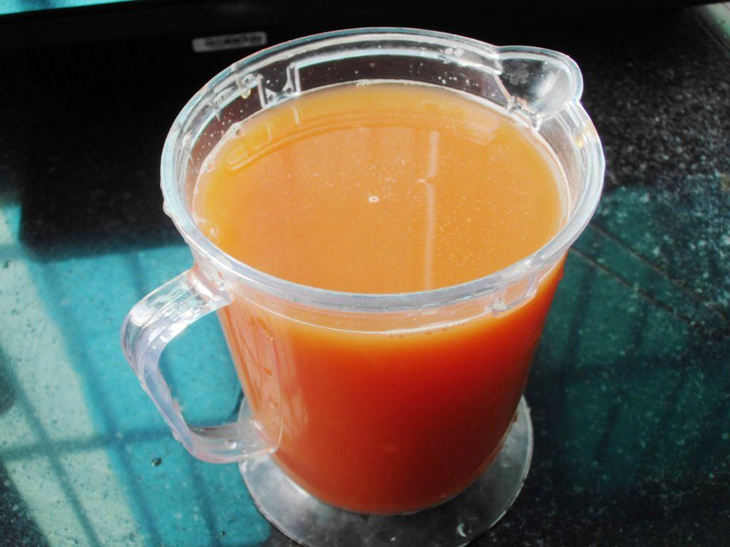 芦笋番茄木瓜汁的做法