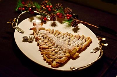 1分钟学会做的榛子巧克力圣诞酥