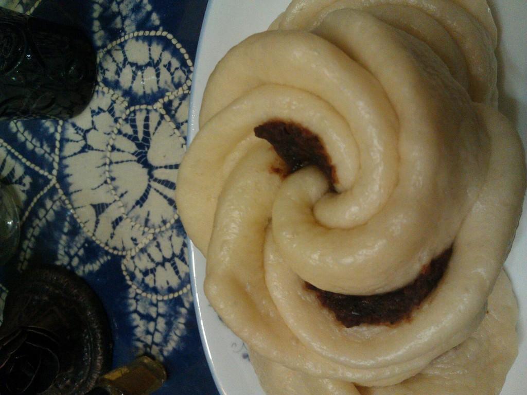 豆沙玫瑰卷的做法_【图解】豆沙玫瑰卷怎么做如何做