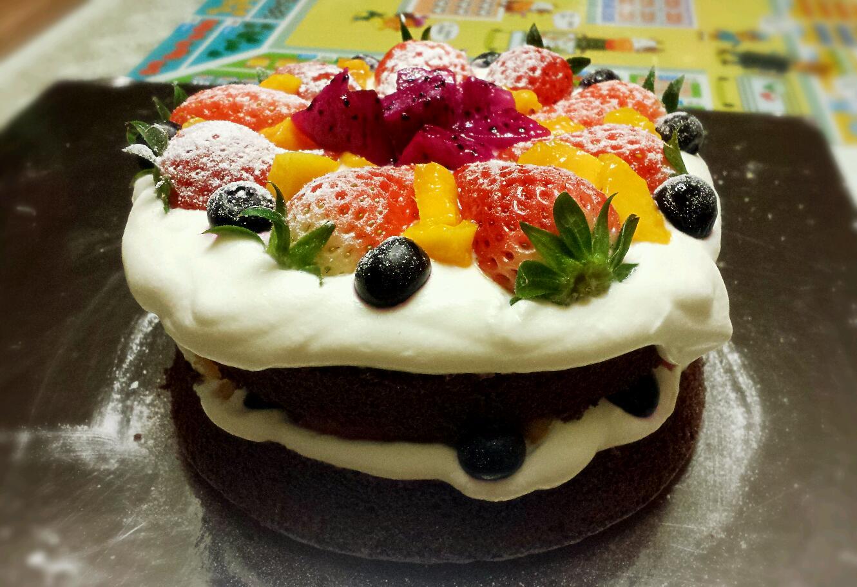 淡奶油350克 水果若干 #九阳烘焙剧场#裸蛋糕的做法步骤 小贴士 切