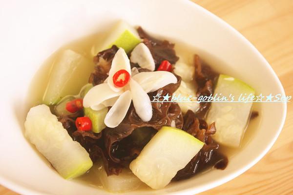秋季汤菜 百合木耳炖冬瓜的做法