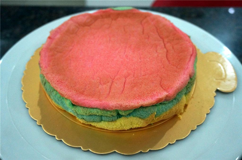 水果彩虹生日蛋糕图片