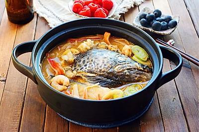 三文鱼头海鲜火锅
