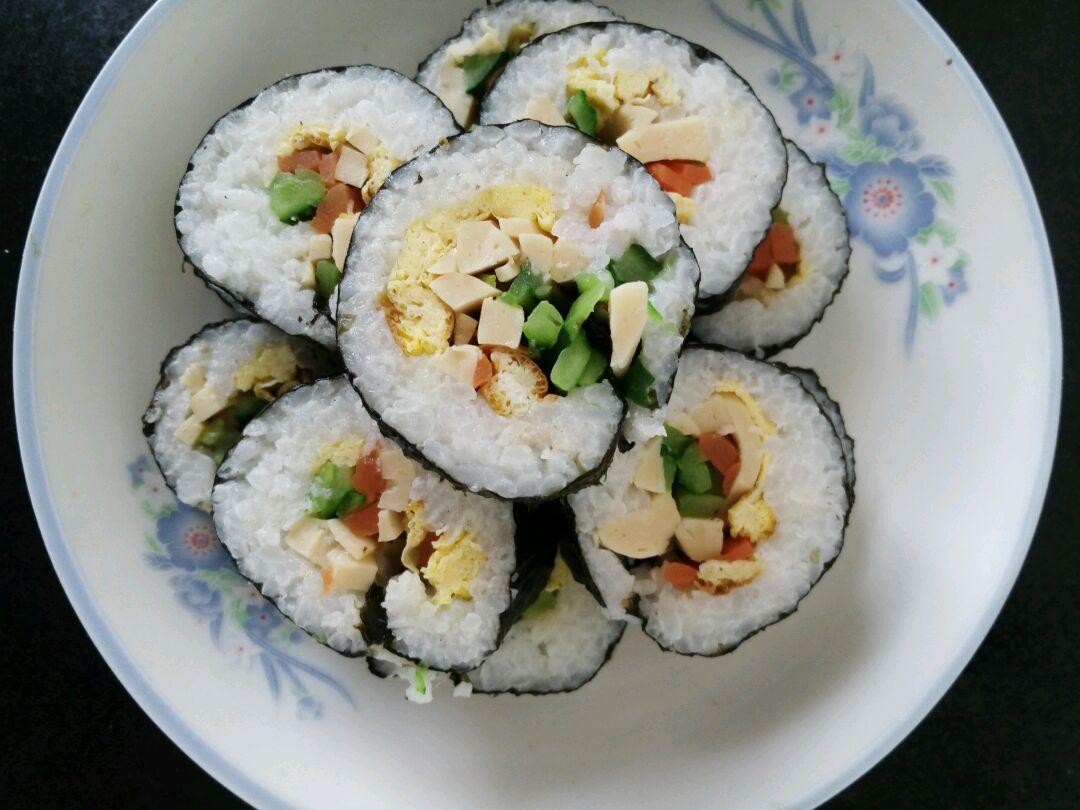 寿司的做法_【图解】寿司怎么做好吃_小叶童儿_家常