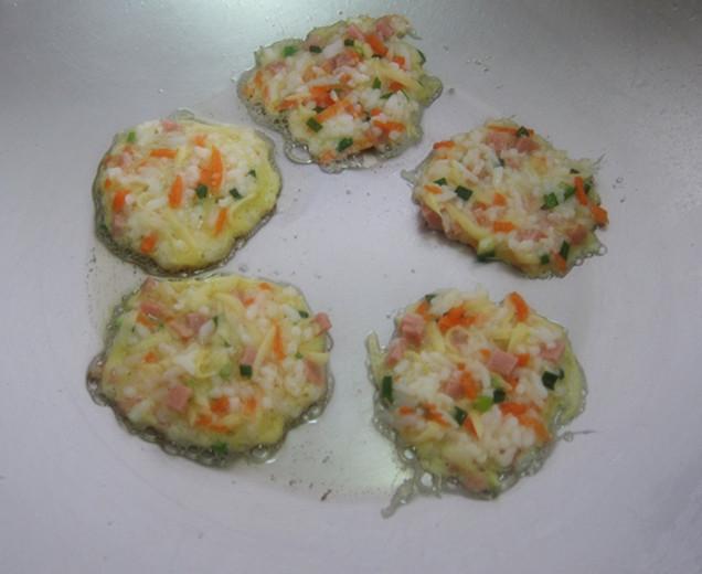 变废为宝之米饭土豆饼的做法步骤