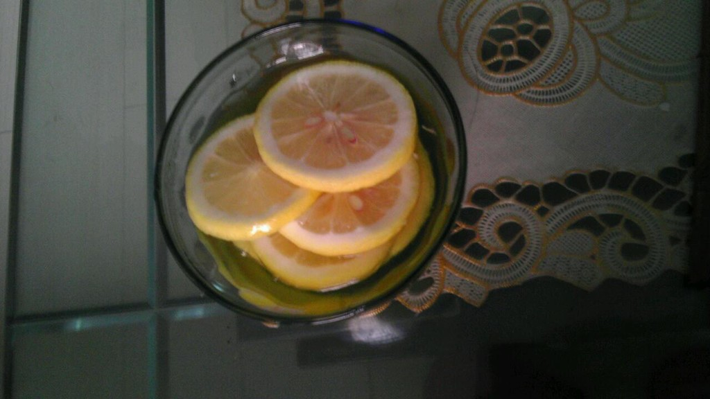 檸檬蜂蜜水的做法_【圖解】檸檬蜂蜜水怎麼做如何 ...