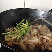蒜苗回锅肉的做法图解8