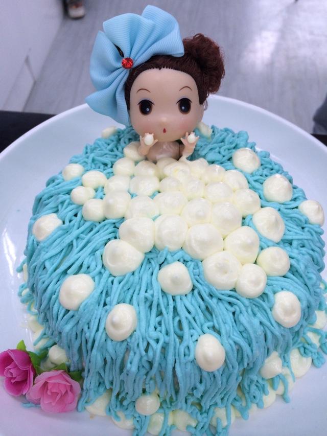 大仙美食课堂之芭比娃娃蛋糕图片