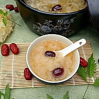 砂锅银耳红枣汤