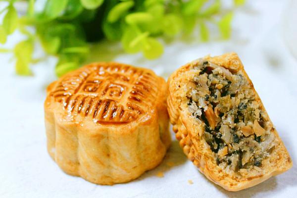 传统五仁月饼的做法