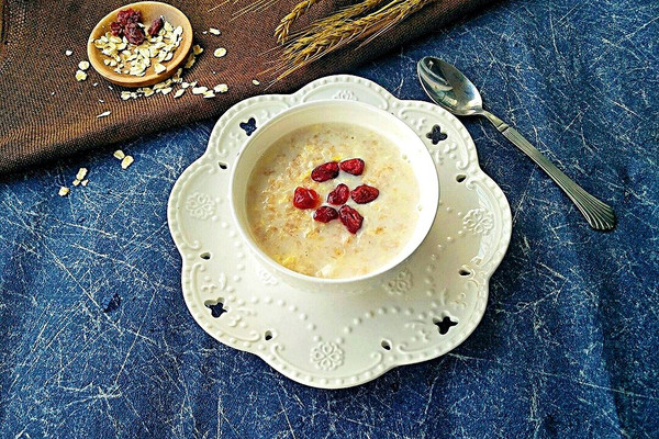 牛奶燕麦#膳魔师南甜主题月#的做法