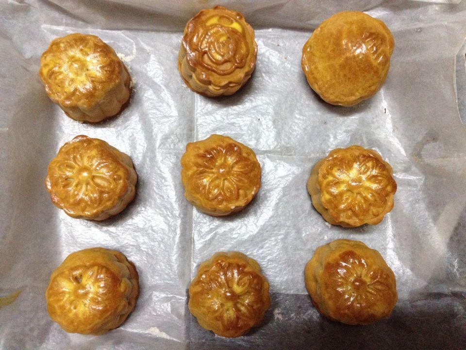 莲蓉蛋黄月饼#长帝烘焙节#的做法 !-- 图解4 -->