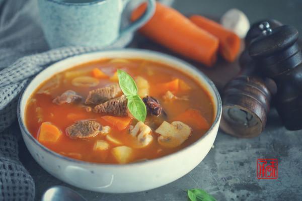 俄罗斯红汤,罗宋汤,你吃过,但之前都是假的!