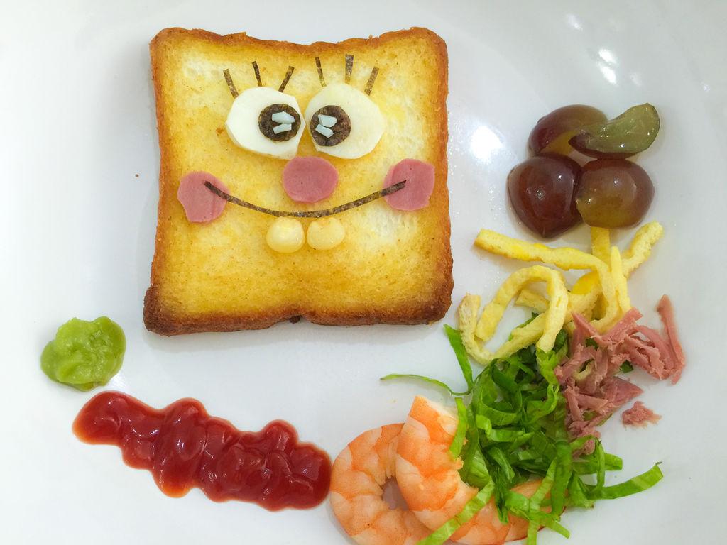 儿童餐——吐司海绵宝宝的做法图解3