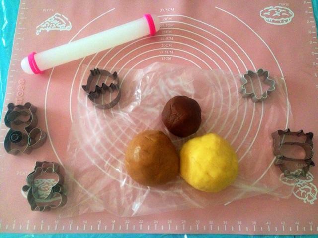 萌萌哒小动物饼干的做法图解1