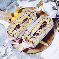 肉松紫米三明治