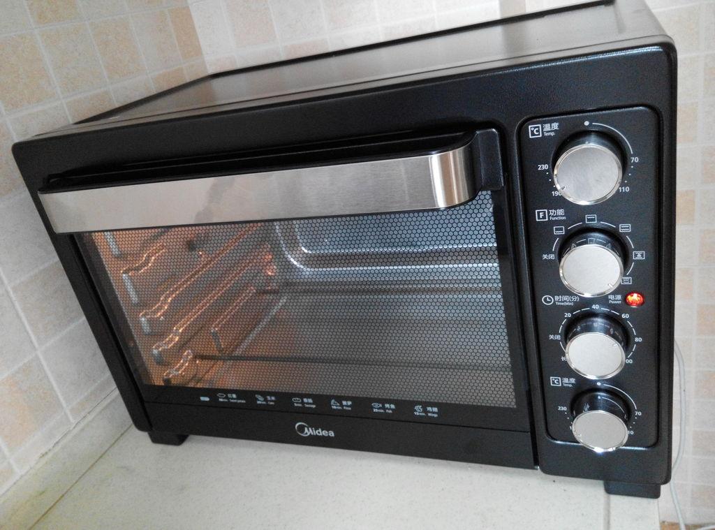 上下火200度预热烤箱.