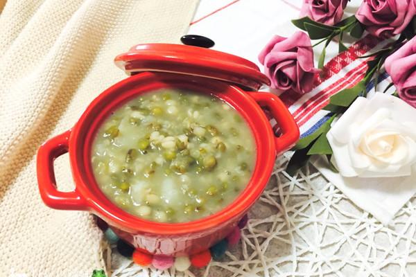 绿豆百合薏米粥的做法