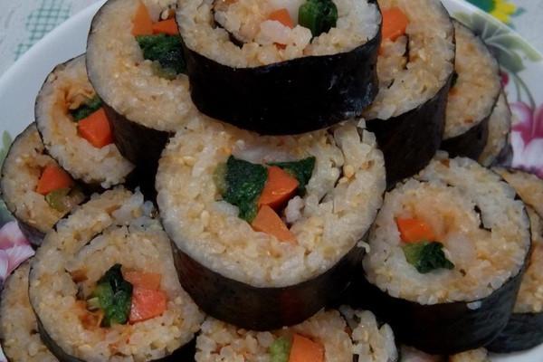 家常紫菜包饭的做法_【图解】家常紫菜包饭怎么做如何