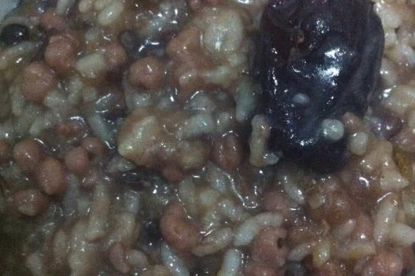 红豆薏米红枣粥的做法