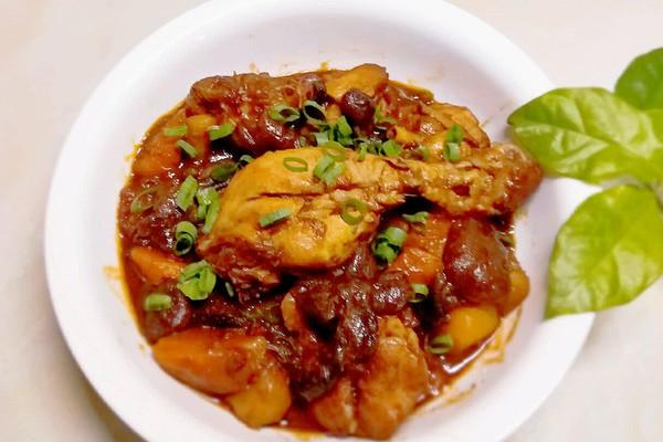 蘑菇鸡腿焖土豆#每道菜都是一台食光机#的做法