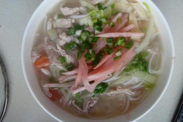 小锅三鲜米线的做法 小锅三鲜米线怎么做如何做好吃 小锅三鲜米线家