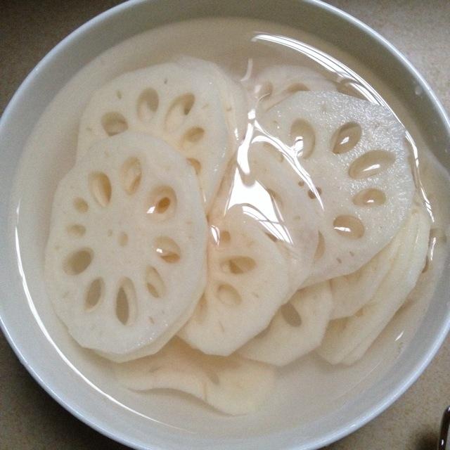凉拌莲藕片