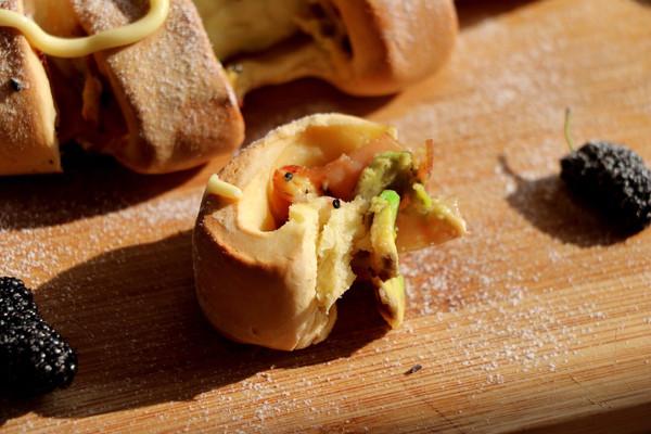 培根牛油果芝士面包