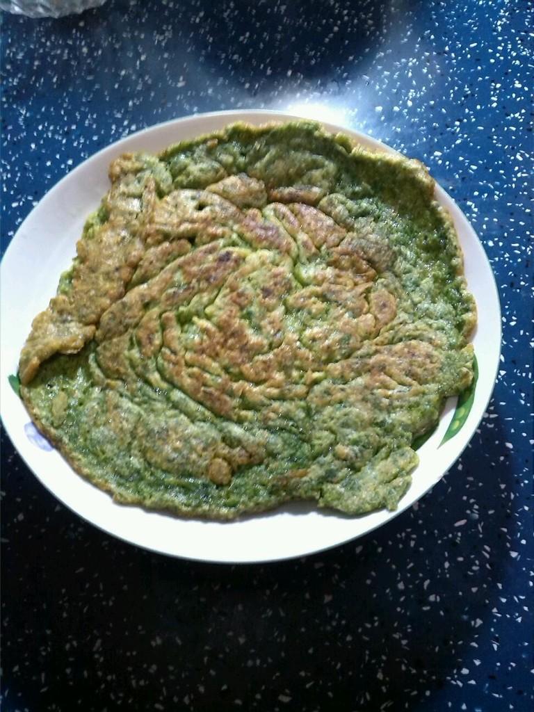 芹菜叶子摊饼的做法图解5