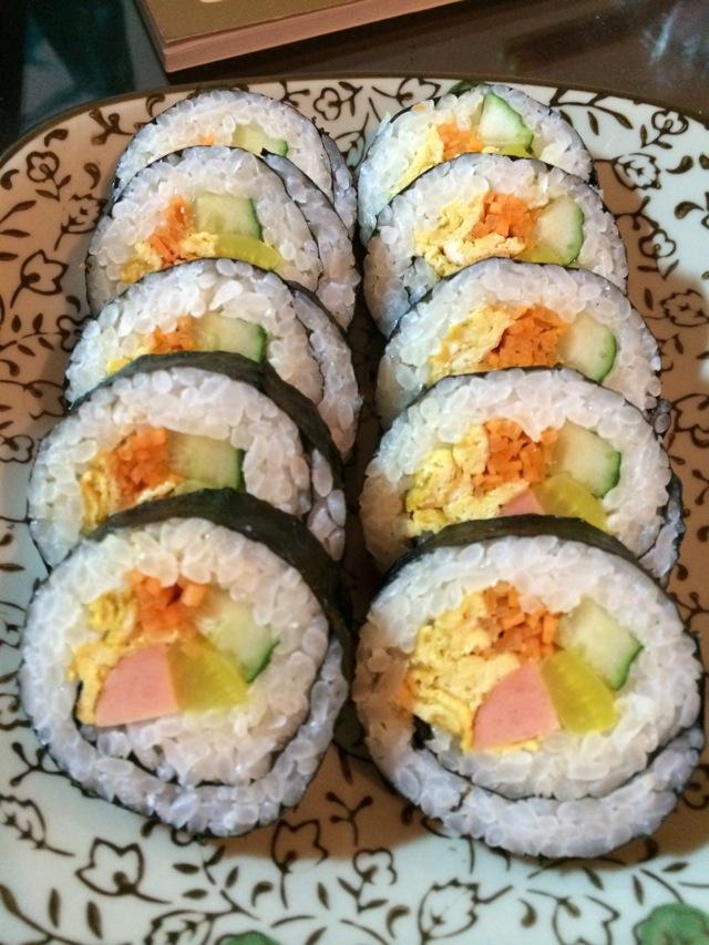 寿司(紫菜包饭)的做法_【图解】寿司(紫菜包饭)怎么做