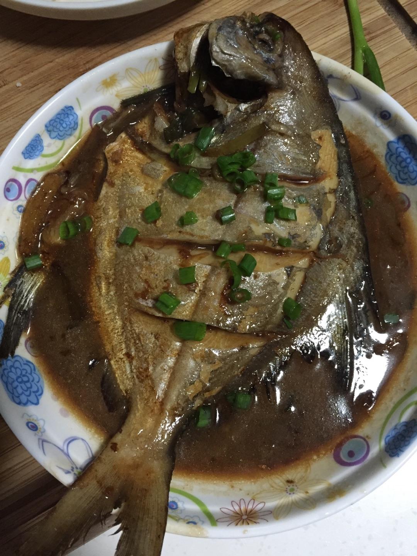 鲳鱼做法一条鲳鱼,老抽,主料,盐红烧步骤的冰糖菜谱本料酒高血压可以吃鸭血吗图片