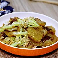土豆烧菜花#春天不减肥,夏天肉堆堆#