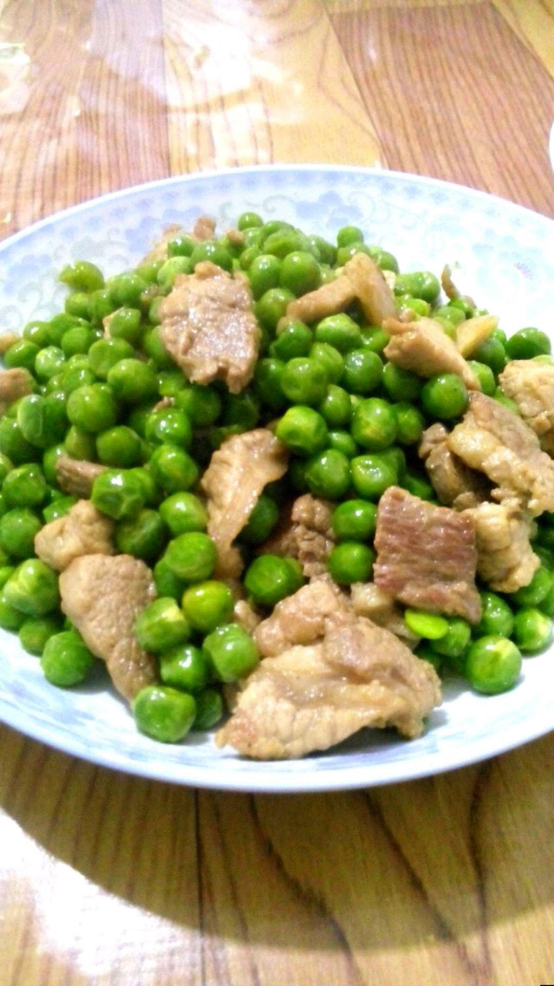 瘦肉炒豌豆的做法图解4
