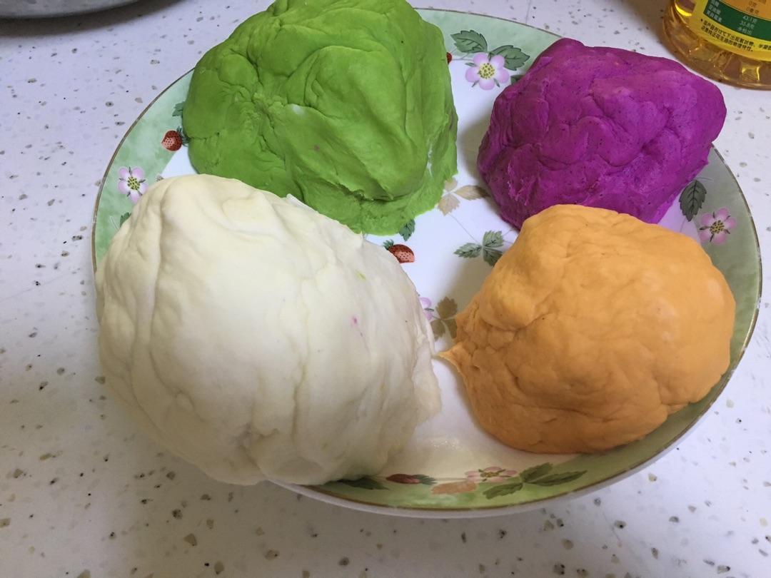 五彩饺子的做法步骤