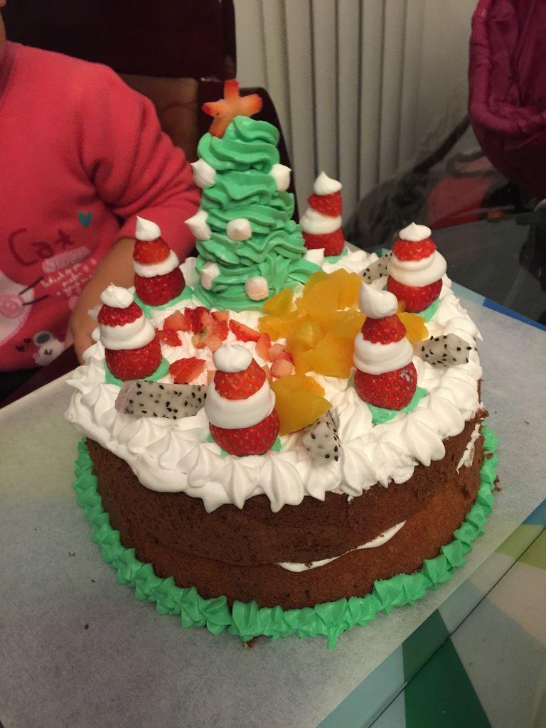 蛋糕背景素材竖版