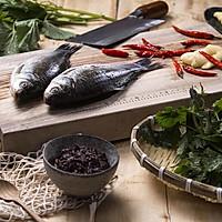 藿香鲫鱼:这样烧鲫鱼,清热、消暑又开胃!