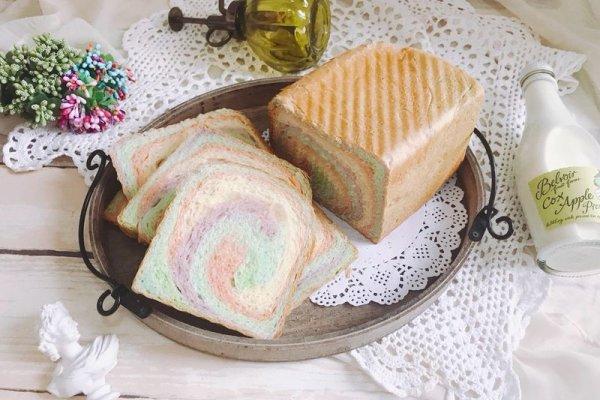 夏日小清新可爱 彩虹吐司面包 给宝宝爱心早餐#相约MOF#的做法