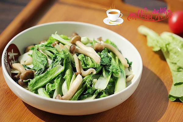 大白菜秧子炒蟹味菇