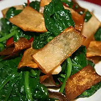 杏包菇炒菠菜