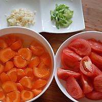 西红柿土豆炖牛腩的做法<!-- 图解3 -->