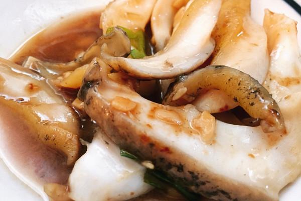 把羊骨片下锅,切得薄的话一两分钟就了本菜谱的做法由鲍鱼烧什么图片